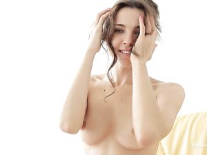 Sweet Eyes Solo Tease Girl Has Perfect Perky Tits