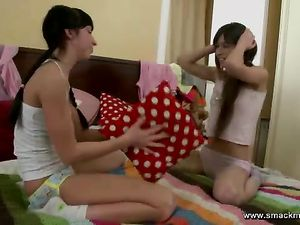 Sexy Kissing Teen Girls Taste Tits And Pussy Too