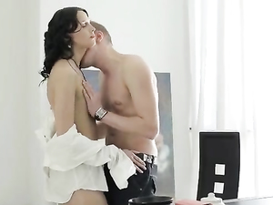 Horny Cock-sucking Beauty Is Happy To Get Licked