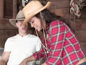 Doggy Style Screwing For A Hot Girl From The Farm